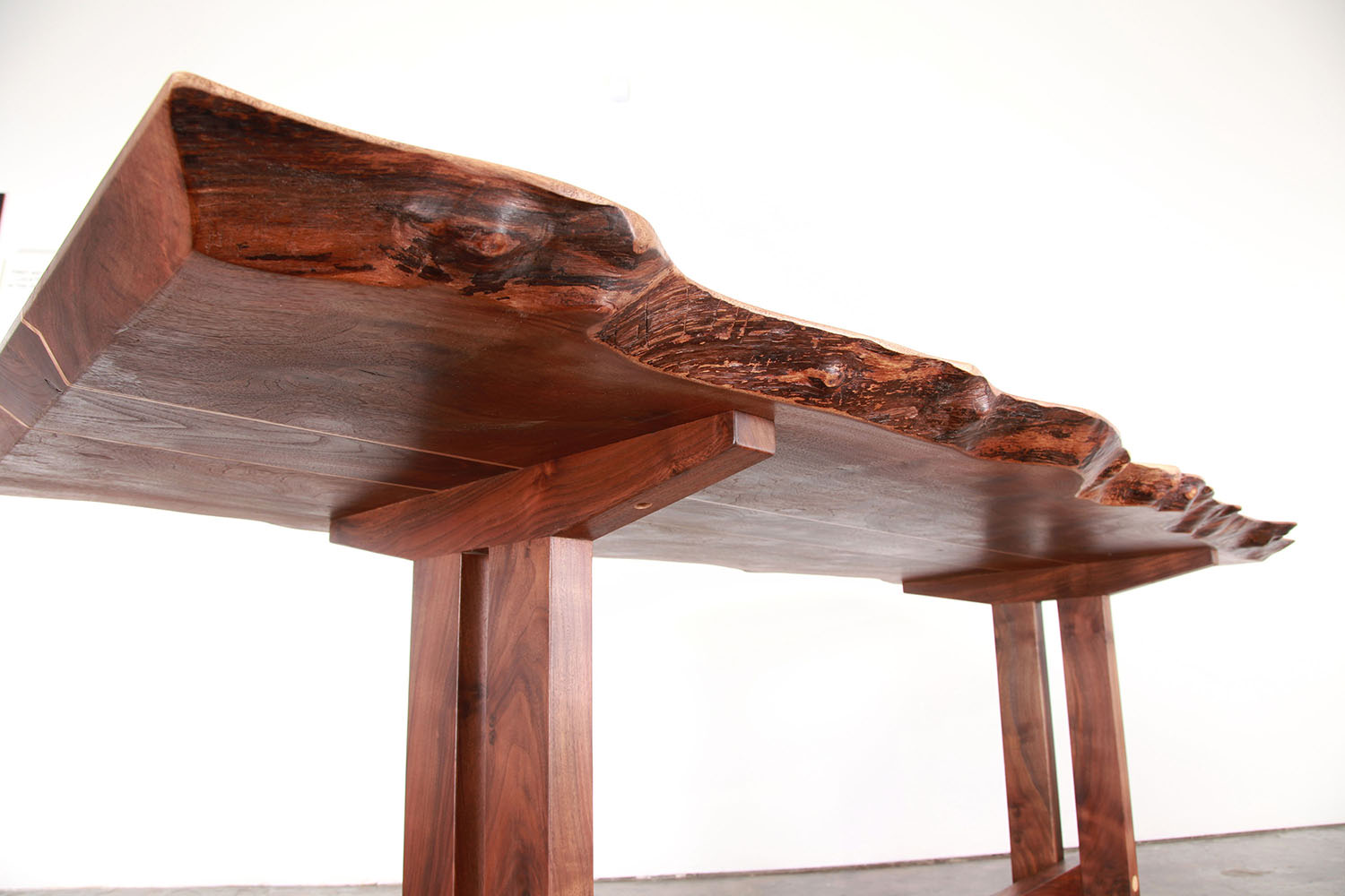 Pacific Dining Table_08